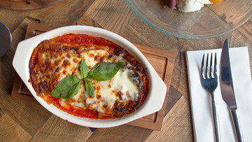 Tagged comfort food deliveroo foodscene from pizza to al forno abu dhabi has all the baked italian classics forumfinder Images